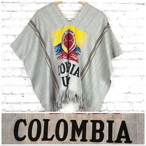 Sweaters - Vintage 90's Colombia Soccer Poncho